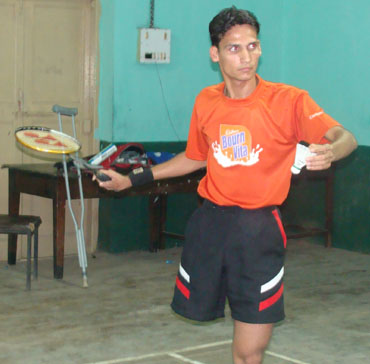 girish sharma 2 Girish Sharma   Physically Challenged badminton player India  inspirational people featured posts