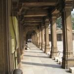 a-moghul-tomb