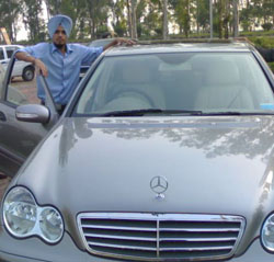 Simrandeep Singh with car
