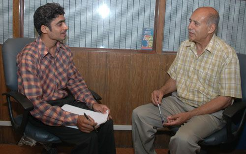 Ansari is being interviewed by Zahid Gishkori for Speakbindas
