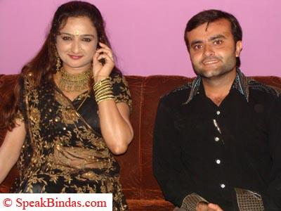 Vikas Rajpopat wth Farida Mir