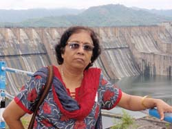 Neela Kakadia at Saradar Sarovar Dam