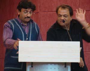 (L to R: Rakshit Vasavada, Jwalant Chhaya)