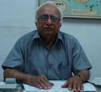 Dr Ramesh J Bhayani
