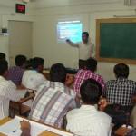 Devang-Vibhakar-delivering-lecture-at-saurashtra-university-department-of-social-work-3