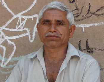 Kalubhai Wala - owner of Lion Rora Farm, Bojde, Sasan Gir