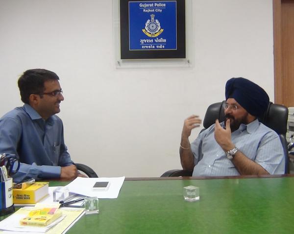 Devang Vibhakar in conversation with H. P. Singh