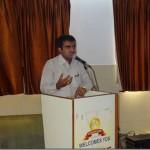 Devang-Vibhakar-Giving-Information-about-AFS-organization-at-Innovative-school_thumb.jpg
