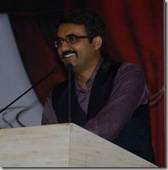 Devang-Vibhakar-Hosting-Program